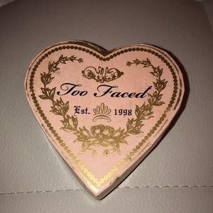 Too Faced Sweethearts Perfect Flush Brush